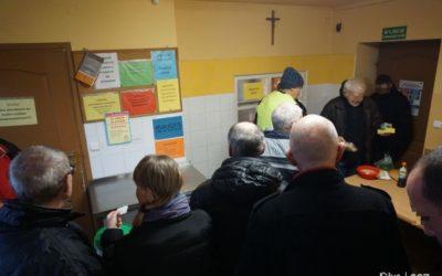 Wigilia dla ubogich wjadłodajni Caritas